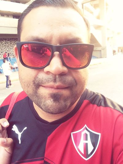 Check This Out That's Me Hanging Out Hello World Rayban Taking Photos Estadiojalisco Selfie ✌ Rojinegro