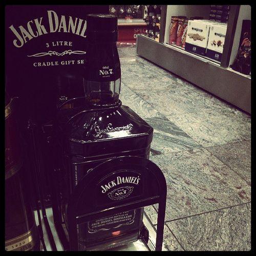 Garrafa da formabilidade! *_* Euquero Jackdaniels Alcool