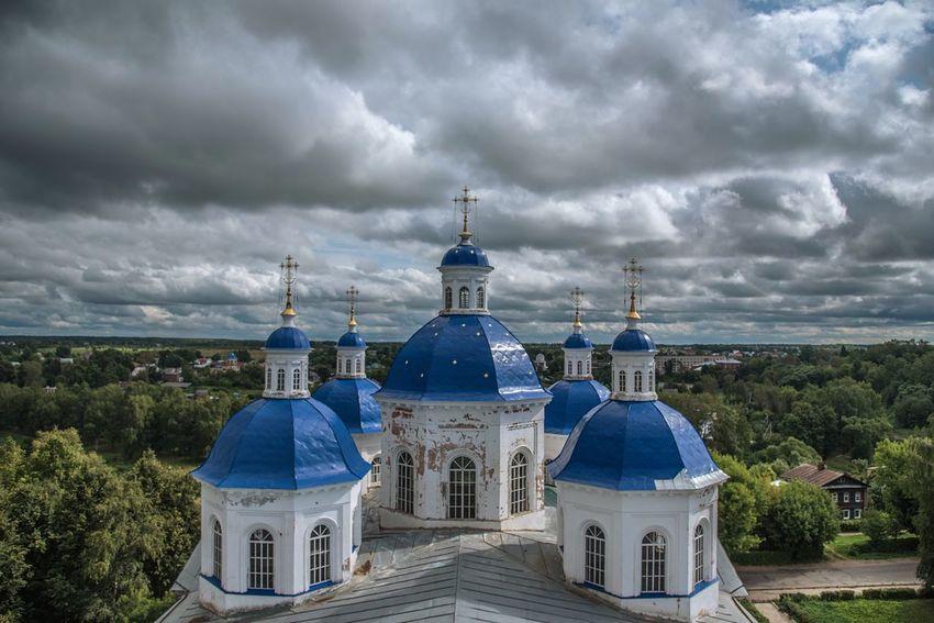 Anna Kashinskaya Cathedral from its rooftop Russian Church Russian Architecture Cathedral Religion Place Of Worship Architecture Spirituality Cloud - Sky Sky Built Structure Dome Travel Destinations