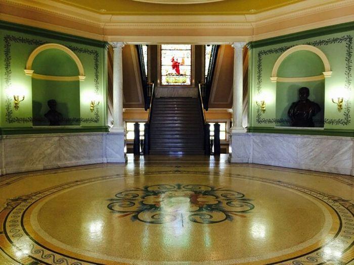 Iowa State Library Hgtv Amazing Architecture Architecture Interior Design