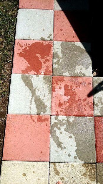 Splash Checkerboardpattern Shadow