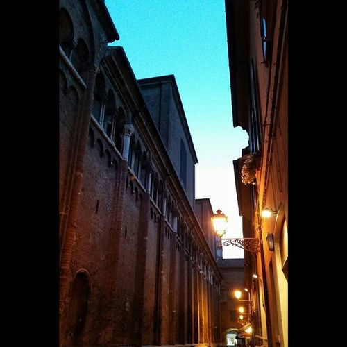 Cenetta in Via Adelardi😊 Ferrara Ferraracentrostorico Ferraracentro FerraraCity italy sunset viaadelardi adelardi nofilter igersferrara lights