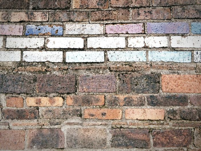 Au pied du mur Wonderwall Paris, France  Textures And Surfaces Brick Wall Painted Wall Close-up The Minimalist Pivotal Ideas Wall Textures Building Exterior Day Outdoors Geometric Shape Full Frame Arrangement Color Palette Wall Of Bricks Repetition Rectangle Wall - Building Feature Colour Of Life Minimalist Architecture Neon Life