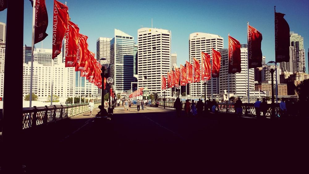 Waiting for friends.. Itssohot  Darling Harbour 30degreesrightnow A Little Windy too.