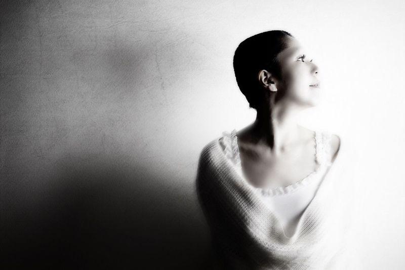 The Portraitist - 2016 EyeEm Awards Let Your Hair Down Japan Woman EyeEm Best Shots EyeEmBestPics EyeEm Gallery EyeEm Best Edits EyeEm Eyeemphotography My Favorite Photo Blackandwhite Photography EyeEm Best Shots - Black + White Blackandwhite Japanese  Portrait Of A Woman Portrait
