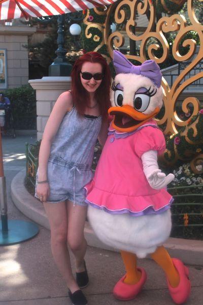 Disney Disneyland Paris Disneyland Resort Paris Holiday Paris Summertime Costume Daisy Duck Fangirl Fangirlmoment Happiness Looking At Camera Smiling Travel Destinations Walt Disney Young Women