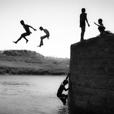 """""""The Climb To The Blissful Leap"""" Summer Childhood Candid PriyankMangalam Photography EachFrameTalks Photo Photos Pic Pics Picture Pictures Snapshot Art Beautiful Instagood Picoftheday Photooftheday Color All_shots Exposure Composition Focus Capture Moment"""