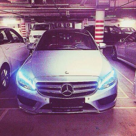 Mercedes AMG Eclass Relaxing