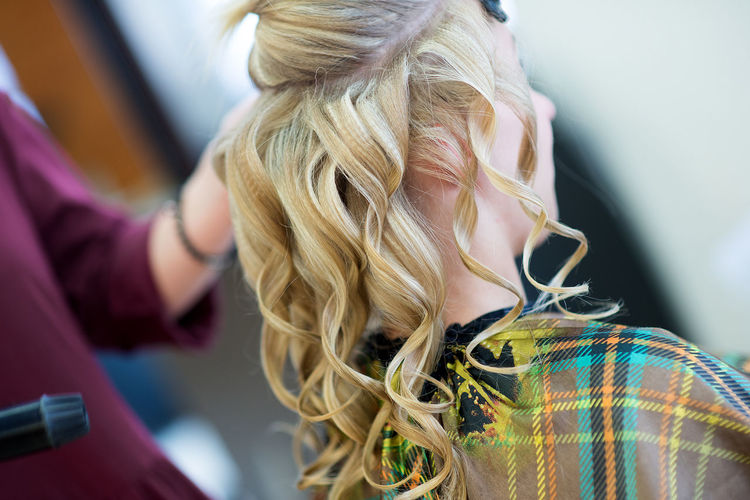 hairdresser forming hairstyles for bride Backgrounds Blond Hair Bride Celebration Close-up Day Event Fashion And Style Focus On Foreground Hair Hair Curls Haircolor Haircut Hairstyle Lifestyles Long Hair Morning One Person Outdoors Real People Wedding Details Wedding Hair Wedding Photography Young Adult Young Women