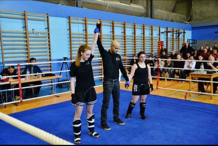 Kickboxing Ring Girl Sport Fight Victory French