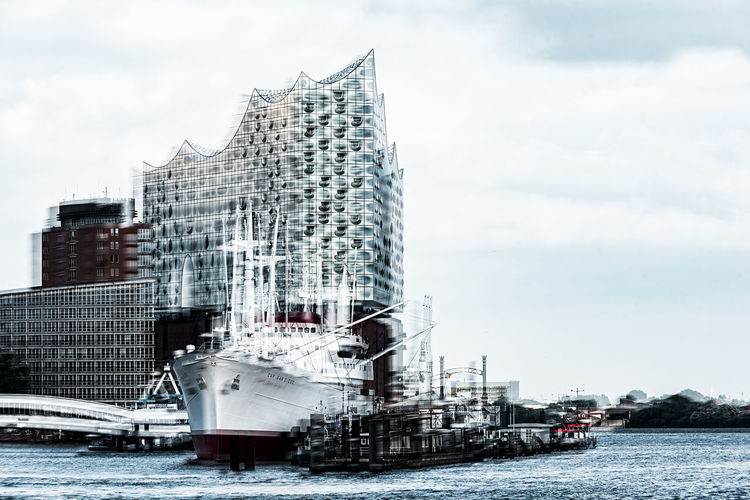 Elbphilharmony Cap San Diego Elbe River Hafencity Hamburg Hamburg Harbour Architecture Building Exterior Built Structure City Cloud - Sky Day Elbphilharmony Mode Of Transport Modern Moored Museum Ship Music Palast Nautical Vessel No People Outdoors River Sky Skyscraper Transportation Water Waterfront
