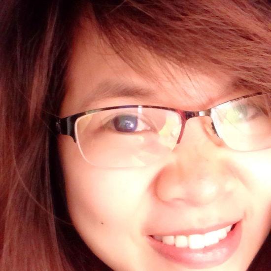 Le ts smile That's Me Hello World