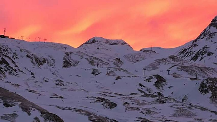 SPAIN Snow Beauty Landscape Sunset Winter Beauty In Nature Outdoors Mountain No People Cold Temperature Nature Dramatic Sky Freedome  Weather Frozen Winter Goodnight World