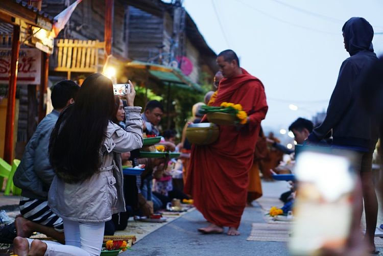 Chiang Khan in the morning City Travel Destinations Tourism Cultures People Women Men Large Group Of People