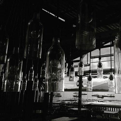 Hanging Glass,, B/W Taken by : [Zenfone5 ] . Uploadkompakan Uk01februari_2016 Kompakersbali Kompakersbalibagus Zenfone_id Zenfonesia Kamerahpgw Kofipon