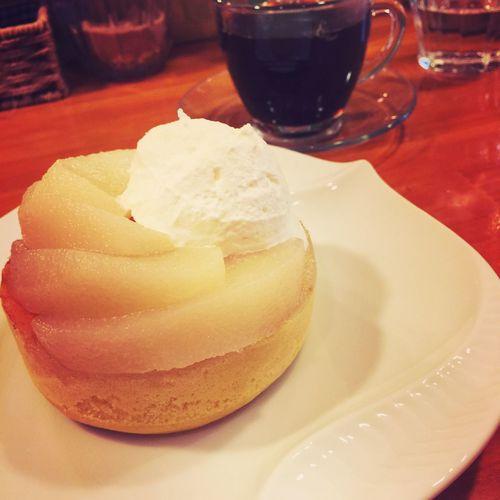 梨のパンケーキ、サイコー♡@雪の下カフェ 兎我野町 梅田 Enjoy Eating スイーツ女子 スイーツ部 Cafe Time カフェ 雪ノ下