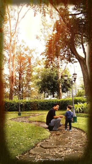 Dad And Son Papá E Hijo Afternoon Atardecer Guatemala Love Family Time Família Amor Jardin Garden