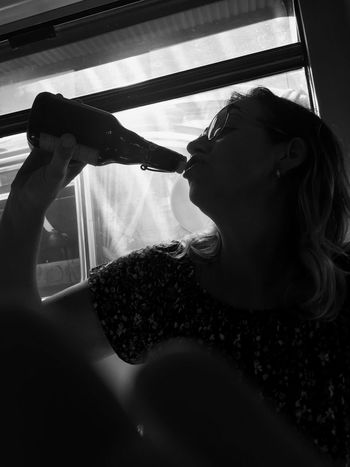 Drinking Woman Silhouette Cheers Sitting Bottle Holding Real People Black And White Beer Drinking Woman The Portraitist - 2018 EyeEm Awards HUAWEI Photo Award: After Dark