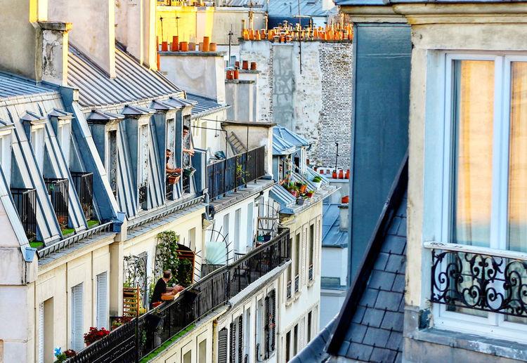 Paris lockdown windows
