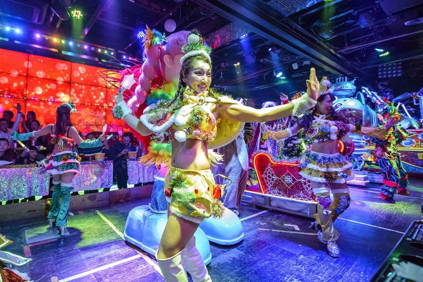 performance at the robot restaurant Adult Colourful Dance Dancing Indoors  Kabukicho Multi Colored Music Neon Lights Night People Performance Performer  Performing Arts Event Robot Restaurant