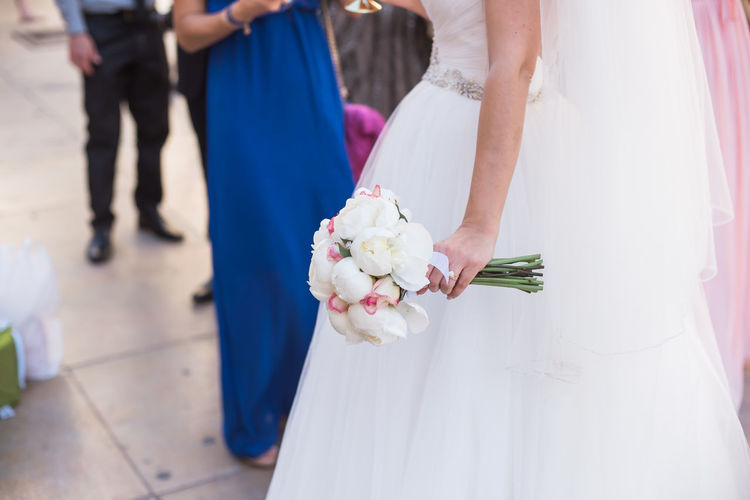 Bride holding a