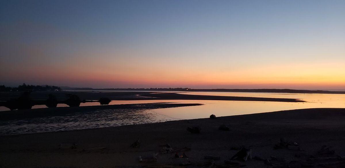 Salt - Mineral Salt Basin Water Sunset Lake Blue Beach Flamingo Business Finance And Industry Sun