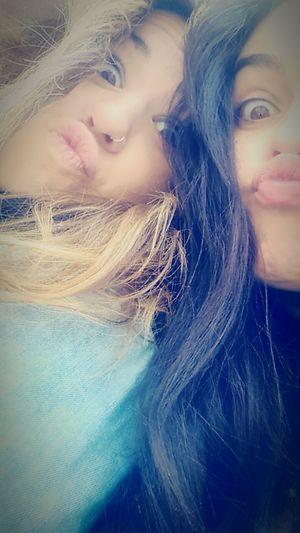 Pocholitas time Hi! Girls Kisses❌⭕❌⭕ Kiss Rubia 👸 Morena ❤ Grabando🎥 Corre Platano Aplatanadas🍌🍌🍌