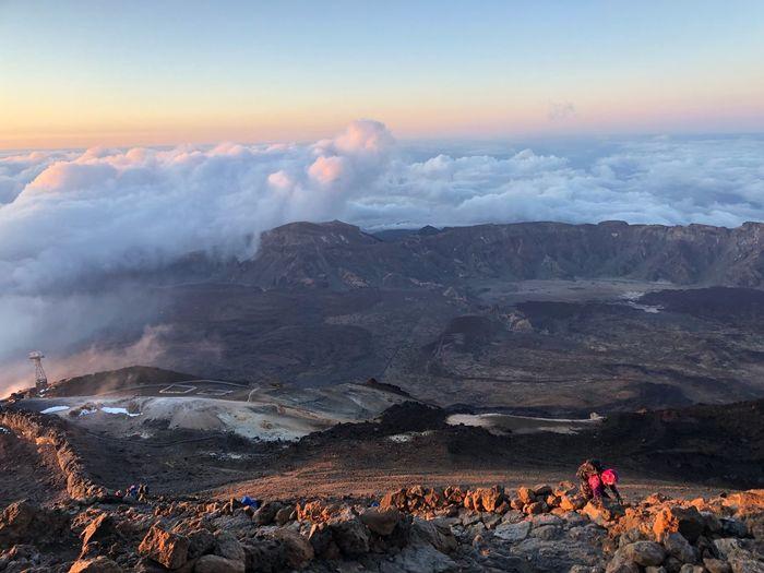Sunrise toward the Summit (3600 m) 🇪🇸 SPAIN Teide National Park Nofilter Tenerife Volcano Teide Sunrise Sky Beauty In Nature Mountain Scenics - Nature Nature Cloud - Sky Landscape Tranquil Scene Mountain Range Idyllic Tranquility Outdoors Power In Nature