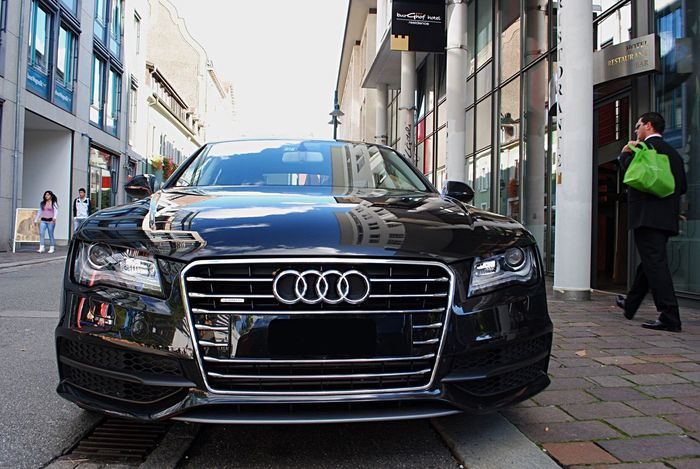 Audi A7 at Basel - Beautiful Curves, Agressive Front Audi ♡ Audi A7 Car Carporn City Street Transportation City Street Road Outdoors Open Your Eyes For Mothernature Beautiful World Beautiful Day EyeEm Best Shots EyeEm Gallery Check This Out Eye4photography  Reflection Reflections Reflection_collection Welcome To Black