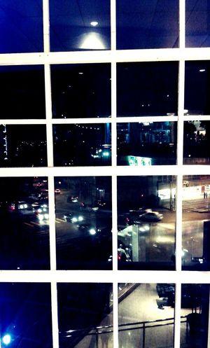 Em cada ambiente à um mundo dentro de si e o de fora! Urban Good Night Curitibacool