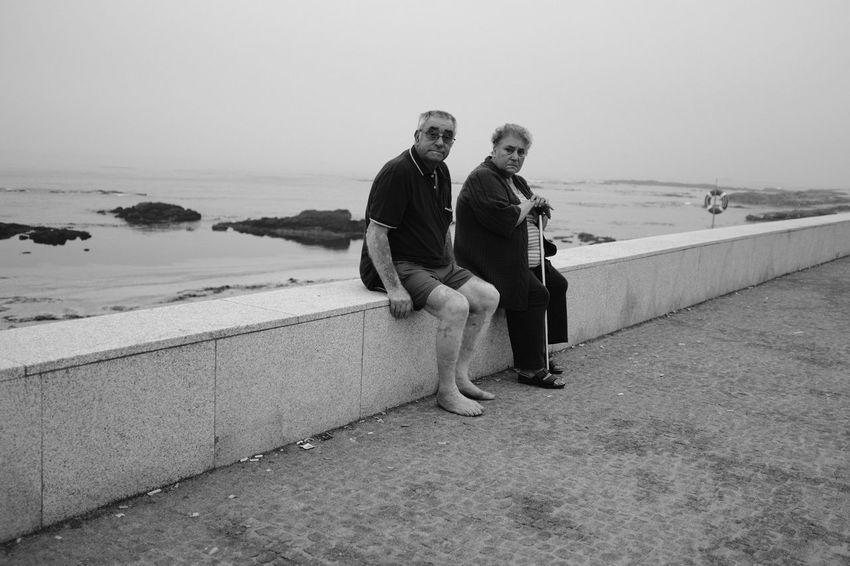 We're at the beach! Monochrome Blackandwhite Threeweeksgalicia Seascape Portugal The Street Photographer - 2018 EyeEm Awards Water Sea Men Togetherness Full Length Beach Friendship Sand Women Sky Hiker Scenics Idyllic Tranquil Scene Non-urban Scene
