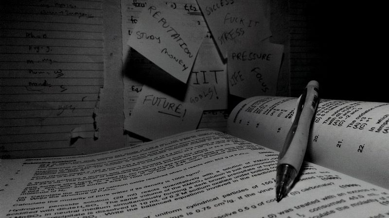Pressure Expectations Lifegoals Study Hard Study Table Toomuch Studentlife  Hope