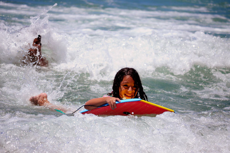 Happy Sunday! 🤗 Kids Having Fun Kids Being Kids Kids Photography Children Only Kidsphotography Kids Are Awesome Children Photography Children's Portraits Niece 💕 Water Portrait Wave Smiling Oar Child Extreme Sports Happiness Sea Cheerful Surfing Surfboard