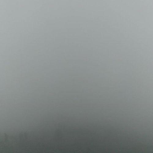 Utsikten som møtte oss på Gaustadtoppen 😞 Gaustadtoppen Sommer og Surt P4sommer Sommertelemark