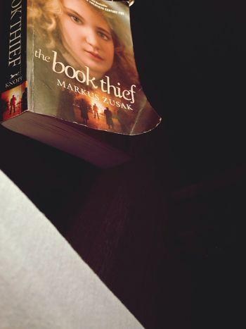 Reading Books Thebookthief