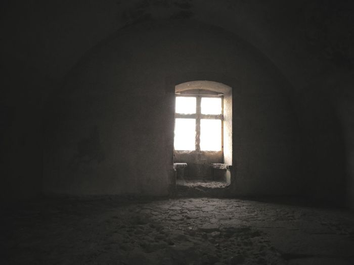 Window Indoors  Abandoned Built Structure Architecture Day Sunlight No People History Textured  Architecture Palmela Castle The Week On EyeEm Scenics Building Exterior White Wall Arch Castle Castelo De Palmela