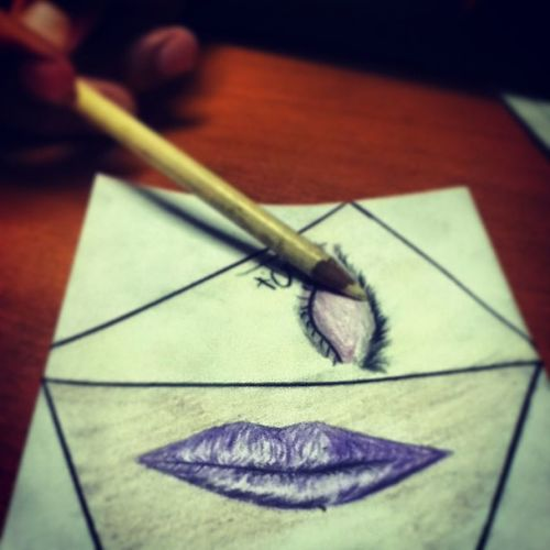 Eye Nose Color Colorific Girl Fashion Hand Violet Lips Black More Eyebrowns Shadow Prismacolor Signature Draw Drawin  Piccells Picture Face Anormal Follow Follow4follow Like Like4like instagoodinstalikeinstafollow