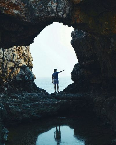 Two People Nature Full Length Rock - Object Travel Beauty In Nature Vacations Lifestyles Silhouette Water Men Outdoors Adult Only Men Scenics Landscape Adventure People Adults Only Day Croacia Croatia Dubrovnik Game Of Thornes The Secret Spaces Lost In The Landscape