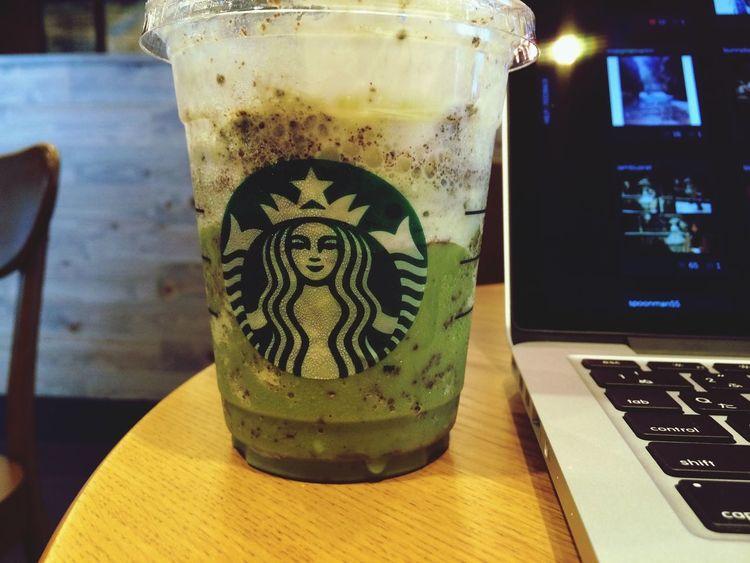 スタバ Starbucks Apple MacBook Pro