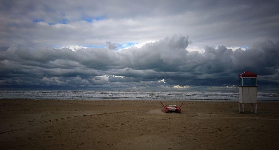 Questo Mare è pieno di voci e questo Cielo ê pieno di visioni (cit.) Beach Sea Horizon Over Water Sand Cloud - Sky Dramatic Sky Water Red No People Lifeguard  Nature Day Sky