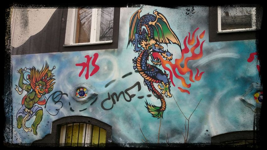 Berlin Wall Of Fame Kreuzberg clubheim vom jugendclub in kreuzberg