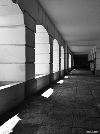 Architectue Black & White Light Up Your Life Mission Mystery