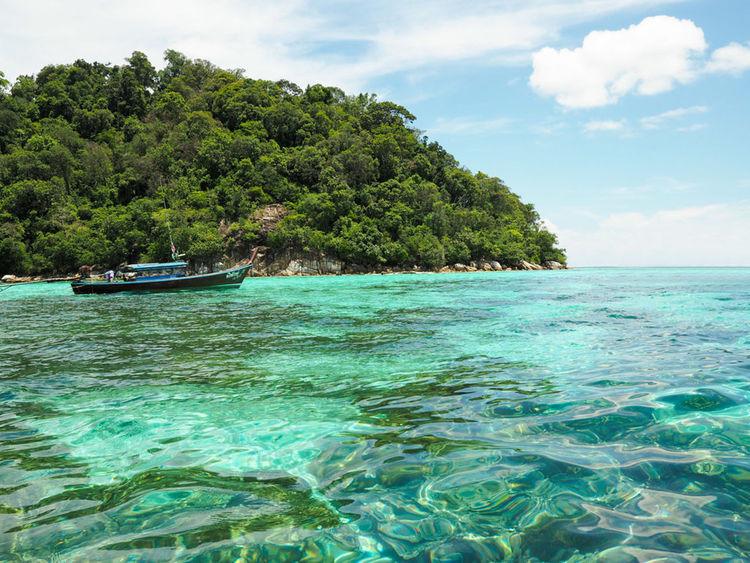 Emeral Sea , Koh Liphe Satul Thailand Boat Coral Emeraldgreen Greensea Greenwater Liphe Thailand EyeEmNewHere Summer Exploratorium