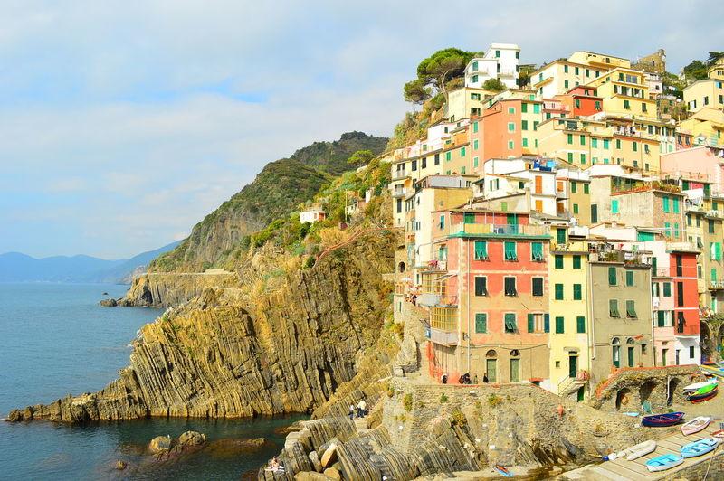 Adventure Cinque Terre Cliff Colourful Houses Italy Riomaggiore Travel Destinations Vacations