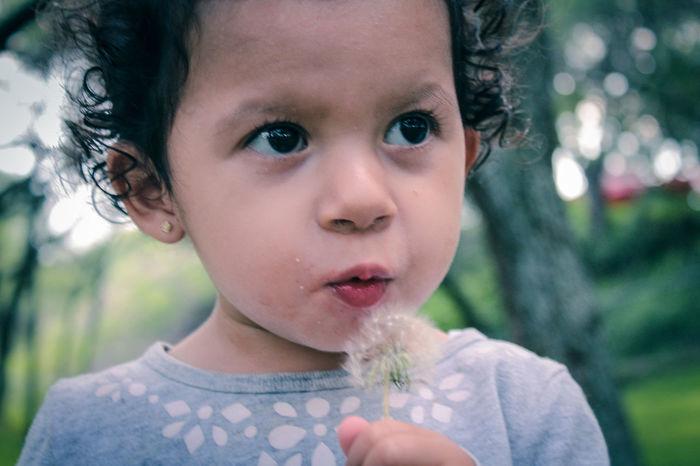 Portrait Portrait Photography Portrait Of A Child Kids Kidsphotography Kids Portrait Cute Baby Nature Good Times Diente De León Dientedeleon Loveit