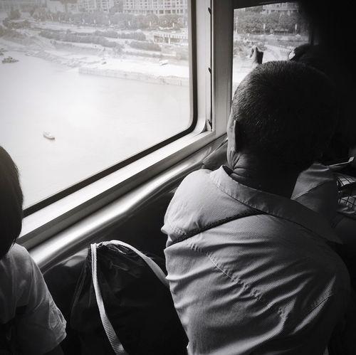 文艺重庆 | 037 Iphone6plus Window Vehicle Interior Mode Of Transportation Transportation Public Transportation Travel Real People
