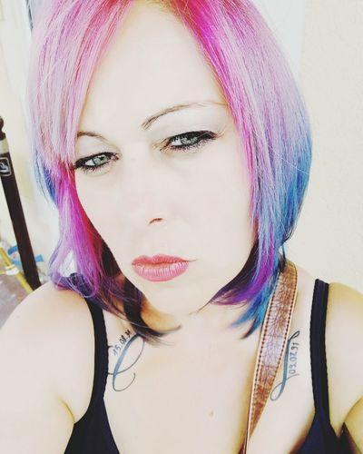 Only Women Portrait Fashion JustMe Kisses❌⭕❌⭕ Girl Power Kiss Rainbow Colors Bleu Et Rose Rainbow Hair Coiffuredujour Cheveux Rainbow Colours Rainbowhair Rainbowhaircolors Kissfromfrance Juste Moi ❤ Rose♥ Hair Raimbow Color Frange