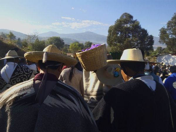 Tradiciones Cultura Mexico Michoacan Pueblos Mágicos De México SkyDay Vestimenta