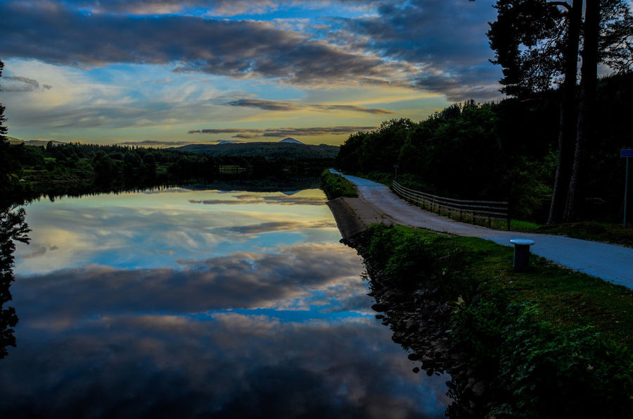 Reflection Tree Cloud - Sky Water Outdoors Caledonian Canal Scenics Beauty In Nature Kytra Locks Tranquility Reflection