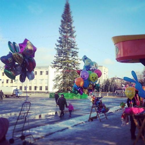 Черкесск в ожидании открытия новогодней ёлки ! Сегодня в 16-00